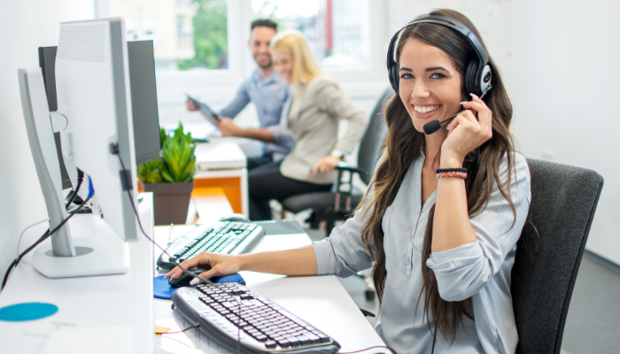 Virtual Receptionists: What They Are, How They Work & Why Your Practice Needs One